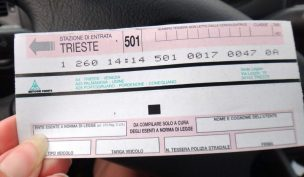 Motorway-toll-ticket-Italy